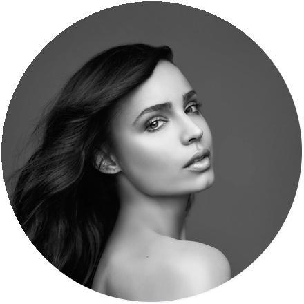 Icon Sofia Carson