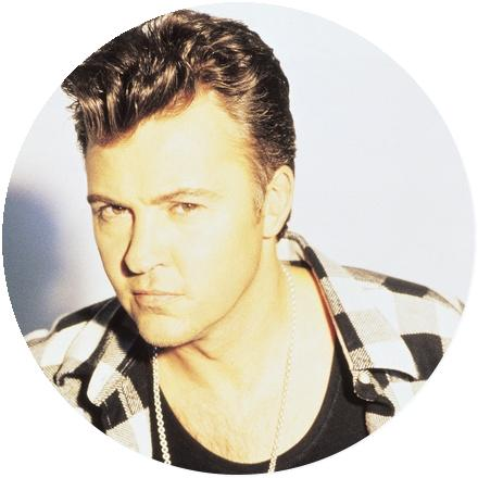 Icon Paul Young