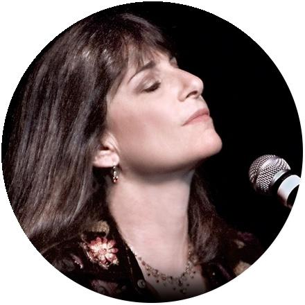 Icon Karla Bonoff
