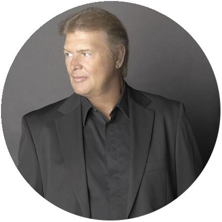 Icon John Farnham